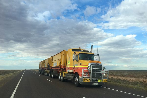GPS tracker for logistics and transportation